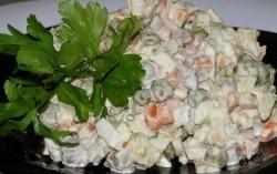 Ensalada-rusa-receta-original-de-Rusia