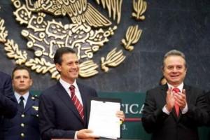 Confirma Pemex que importará 100 mil barriles de petróleo diarios de EU