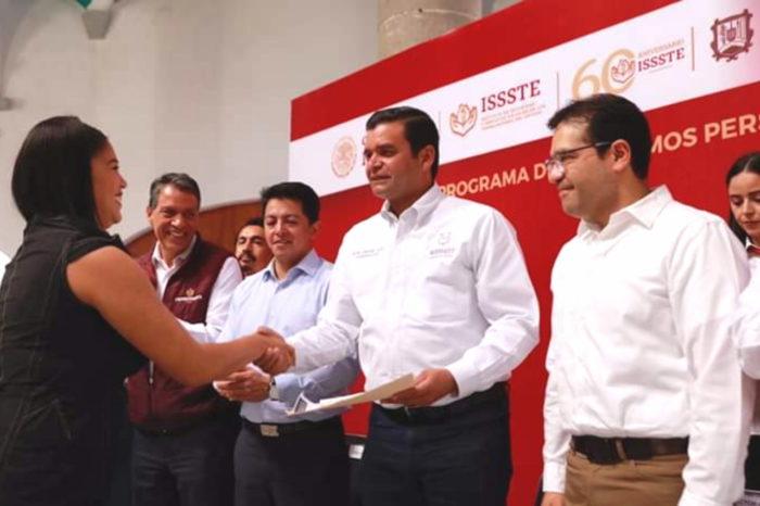 AEG entrega 1ra etapa de préstamos personales en el ISSSTE